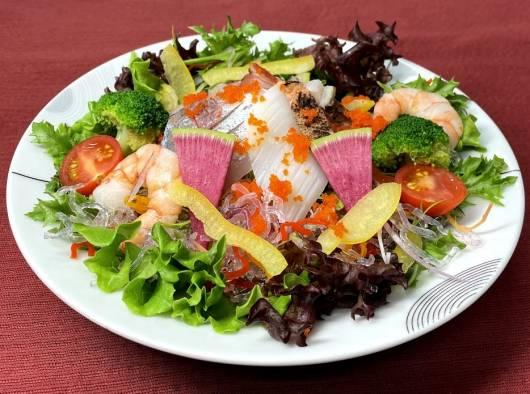 アルプス海鮮サラダ